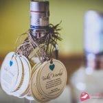 Zawieszki na alkohol – dodatki do zaproszeń