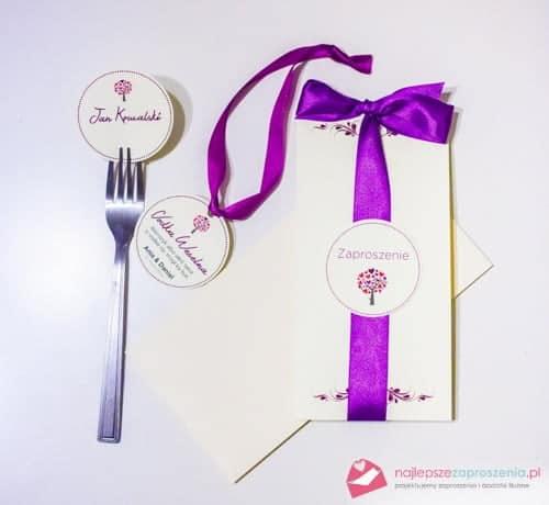 zaproszenia ślubne z fioletową wstążką