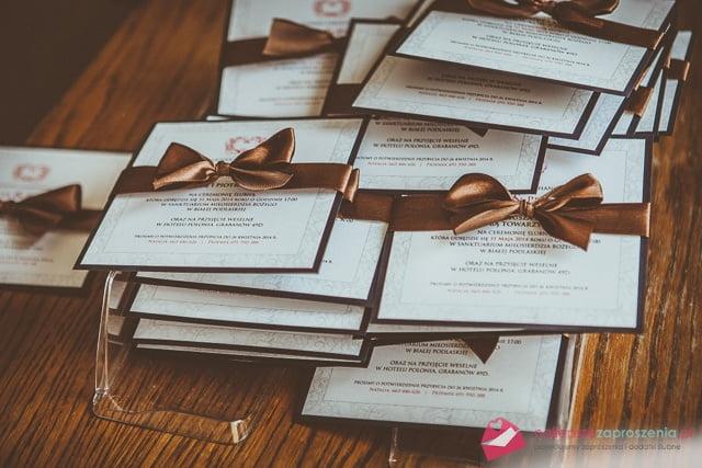 kwadratowe zaproszenia ślubne