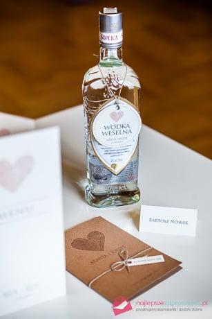 dodatki do zaproszeń ślubnych
