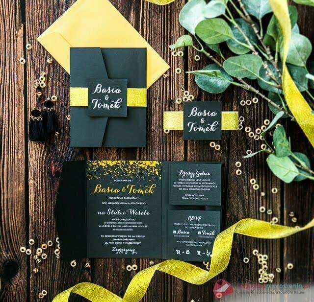 zaproszenia w kolorze czarnym złotym